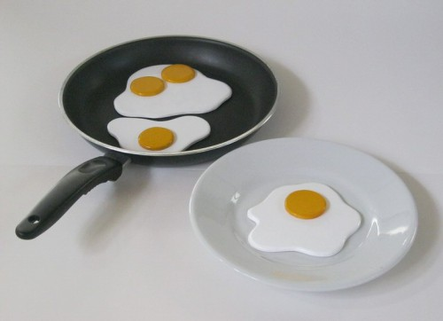 CUT-fried-eggs (1)