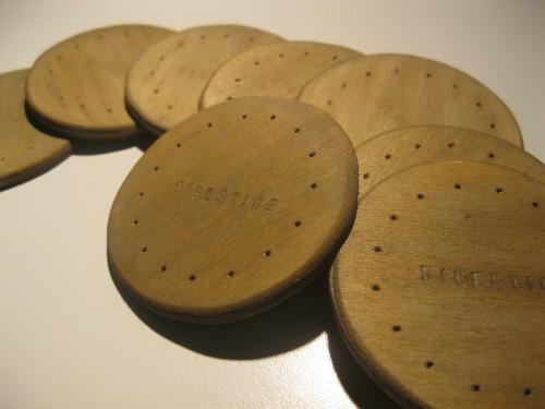 cut-wooden-cookies (20)