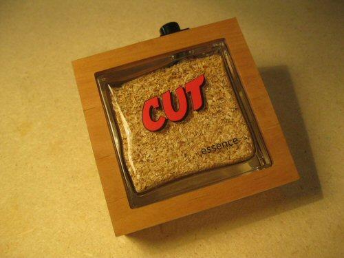 CUT-essence (4)