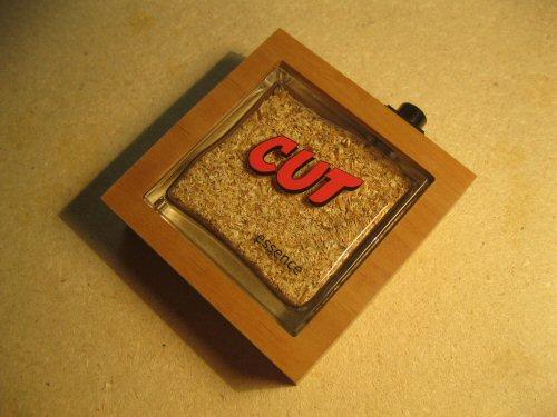 CUT-essence (6)